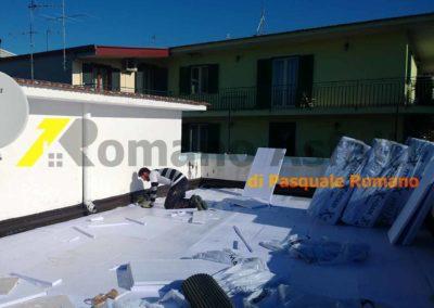 tetto-rovescio-tradizionale-misto-ghiaia-e-passerella-in-pavimento-galleggiante-8